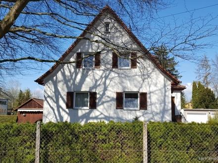 LAYER IMMOBILIEN: Häuschen mit großem Grundstück zu kaufen gesucht!?