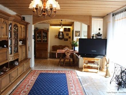 Wohnzimmer mit Südausrichtung
