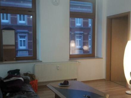 1,5-Zi-Wohnung in schöner Lage zur Zwischenmiete (nah an der Uni und am Zentrum)
