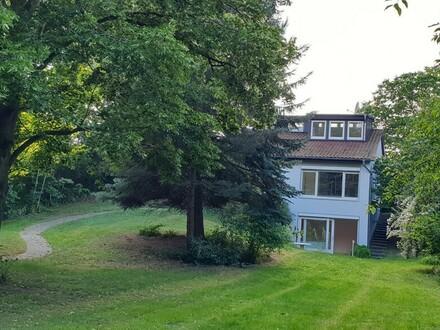 Attraktives Einfamilienhaus mit großem Garten!