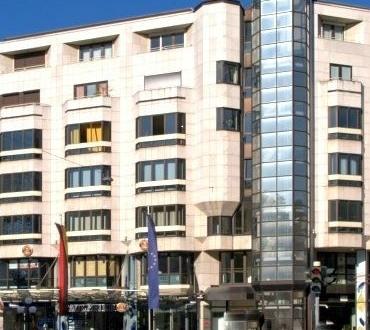 WI-WILHELMSTRASSE > 138 m² Büro mit Kurhausblick! 3 Räume inkl. 2WC + 1Dusche + 2TG-Stellplätze
