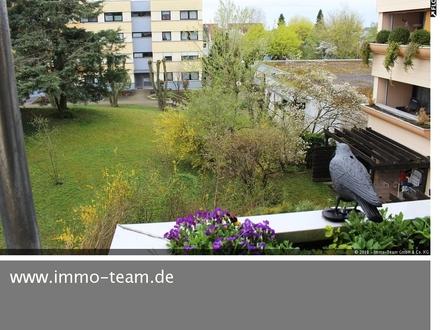 Helle 4,5 Zimmer-Wohnung +++mit Balkon+++