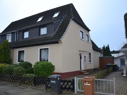 Gepflegtes Ein- bis Zweifamilienhaus als Doppelhaushälfte in Bremen - Hemelingen