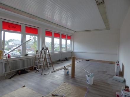 Frisch saniert: 90 m² Bürofläche an der Wilhelmshavener Heerstr... Ideal für Schulungsräume o.ä.
