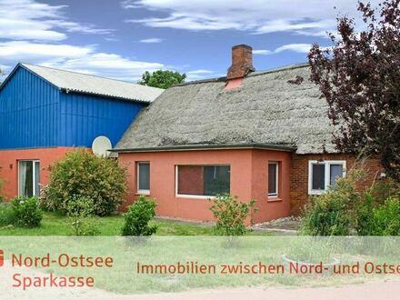 Reetdachhaus mit Einliegerwohnung im Nebengebäude!