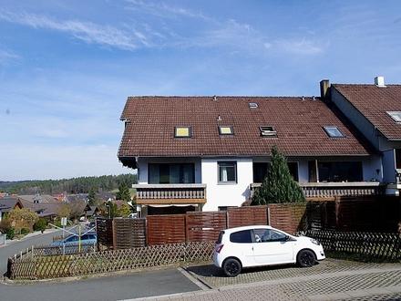 Günstiges, ordentliches 1-Zimmer-Apartment mit Singleküche in Ahorn-Schorkendorf