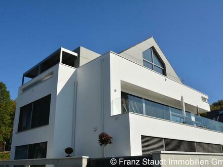 Exclusive 4 Zimmer-Wohnung in Top-Lage am Godelsberg