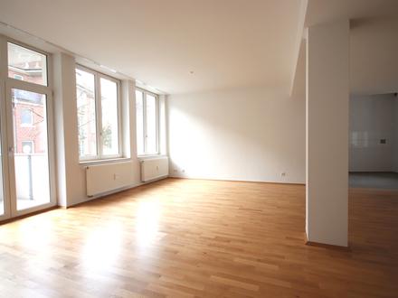 Hochwertige 4-Zimmer-Wohnung in der Innenstadt!