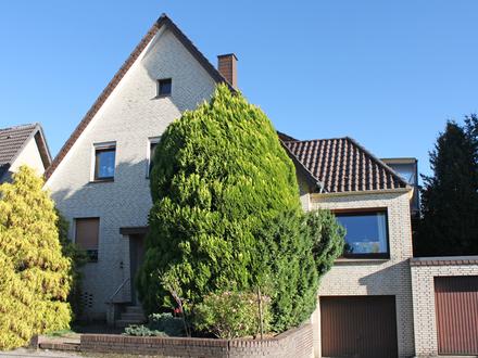 Sutthausen - Zweifamilienhaus und Hinterhaus