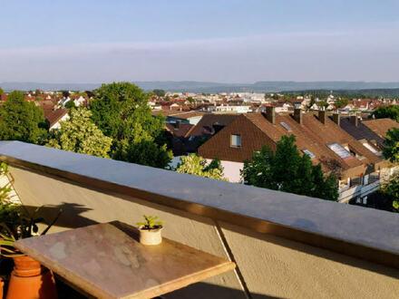 Wohnen über den Dächern der Stadt! Penthouse mit grandioser Aussicht!