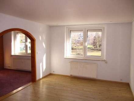 Helle ruhige 3 Zimmerwohnung Krumhermersdorf