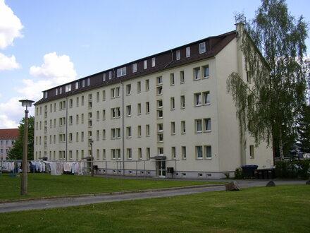 2-Raum Wohnung, DG re, in der Nähe vom Stadion