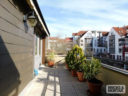 Großzügige Dachterrassenwohnung in ruhiger Wohnlage