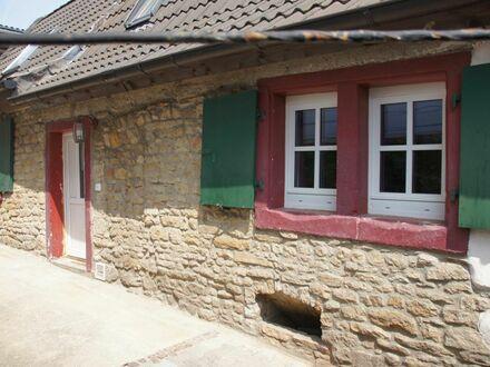 RB Immobilien – 3 Zimmer Wohnung Erstbezug nach Kernsanierung, in kleinem gemütlichem Fachwerkhaus in Armsheim