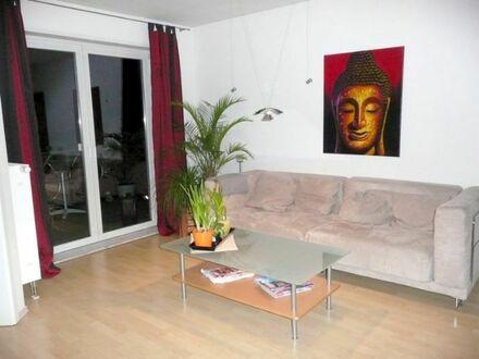 Moderne 3-Zi.-Wohnung mit Einbauküche, Südwestbalkon und TG-Stellplatz...