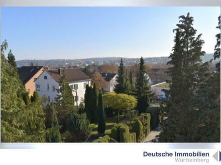 Saniertes Einfamilienhaus mit 2 Einzelgaragen in S- Feuerbach