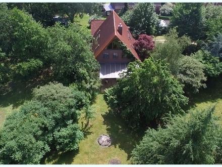 Pferdedorf Rantrum: Familiendomizil mit Riesengarten in ruhiger Randlage - extra Bauplatz inklusive!