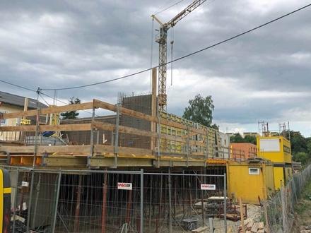 Anlegerwohnung - 2-Raum Wohnung mit Terrasse und Eigengarten Netto-Rendite: ca. 3 %