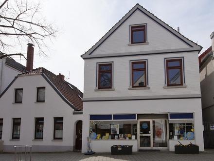 Ein Angebot mit absolutem Seltenheitswert: 3 Häuser in der Vegesacker Fußgängerzone zu verkaufen