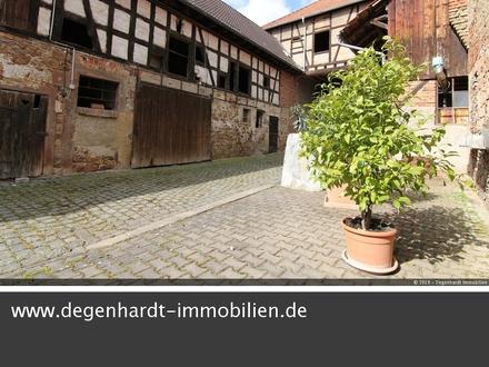 Historisches Anwesen mit Ausbaupotenzial im Herzen von Groß-Bieberau