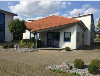 Halle ca. 370 m² beheizt und Büroräume ca. 80 m² in Rietberg