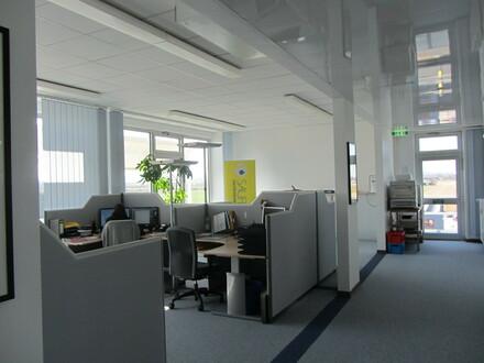 Ihr ganzes Bürogebäude mit 20 Büroräumen