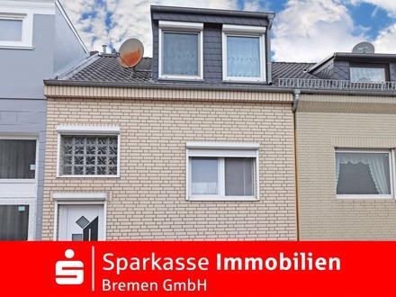Interessantes Reihenmittelhaus mit großer Hochparterre Terrasse in der beliebten Bremer Neustadt
