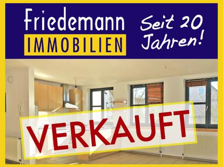 RESERVIERT - Moderne und helle 4 Zimmer-Maisonette-Wohnung mit Balkon, Kaminofen und PKW-Stellplatz in Löhne - Gohfeld