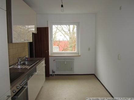 Großzügige 3,5-Zimmer-Wohnung mit Balkon und Garage im Stadtteil Lerchenfeld