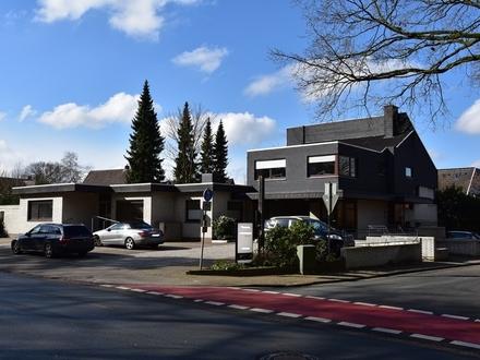 Friedrichsfehn: Vielseitiges Wohn- und Geschäftshaus in Zentrumslage, Obj. 5078