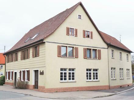 Wohnhaus mit Schreinerei