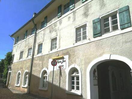 *Denkmalobjekt* Wohn- und Geschäftshaus im Stadtkern von Oettingen