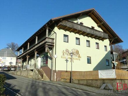 Wohn- und Geschäftshaus mit Potential im Zentrum von St. Oswald/Bayer. Wald