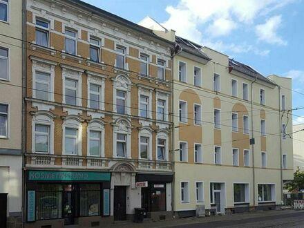 Sanierte 2 Raumwohnung mit Balkon und Dusche!