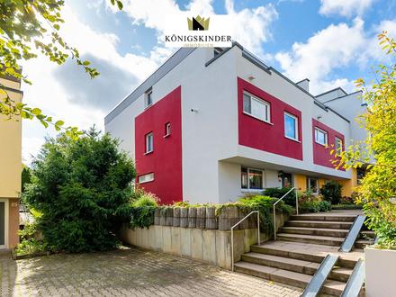 Großes Reiheneckhaus mit 6 Zimmern, tollem Garten, 2 TG-Stellplätzen, in Ditzingen. ELW/Büro möglich!