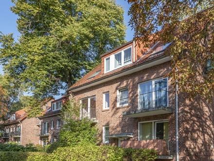Dachgeschosswohung mit moderner Ausstattung und Potenzial