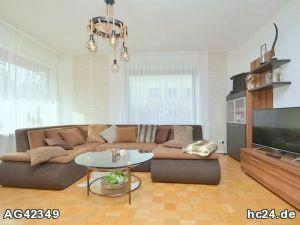 Geschmackvoll möblierte Wohnung mit WLAN, Terrasse und 3 Schlafzimmern in Erlangen