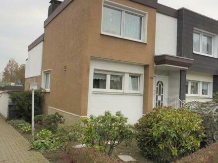 Gepflegtes Reiheneckhaus mit Balkon, Terrasse und Garten!