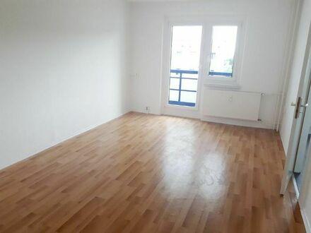 Helle 3-Raum-Wohnung, Studenten herzlich willkommen!