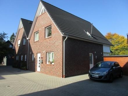5565 - Neuwertige 4-Zimmer-Doppelhaushälfte mit Garten in Oldenburg/Nadorst