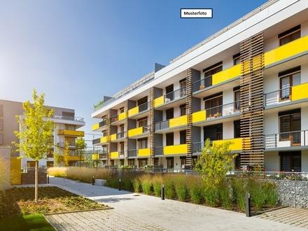 Dachgeschosswohnung in 74343 Sachsenheim, Mörikestr.