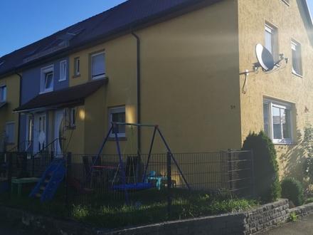 Hübsch renoviertes Reihenendhaus mit Garage in Crailsheim