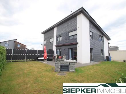 Eine besondere Doppelhaushälfte in Lehre Ortsteil Klein Brunsrode