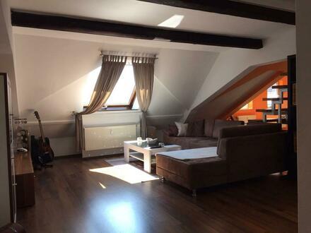 Helle und geräumige Maisonette-Wohnung in Bobenheim-Roxheim