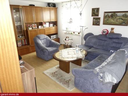 !!! Nette 3 Zimmer-Erdgeschoss-Wohnung mit Balkon und Terasse !!!