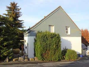 Großes, renoviertes und gepflegtes Einfamilienhaus (mit Einliegerwohnung) in Dortmund-Benninghofen