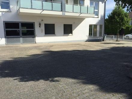 ImmobilienPunkt*** Halle/Werkstatt mit Büro und Freifläche in zentraler Lage in Nierstein