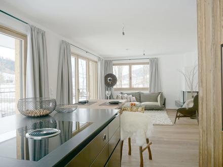 Gemütliche 3-Zimmer-Wohnung zum Erstbezug mit 2 Carports und Lift - Nähe Schwarzsee