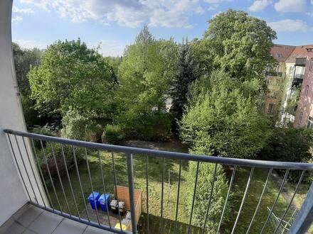 Zentrumsnahe Wohnung mit Blick ins Grüne ~ Konradstraße