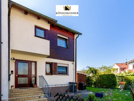 Viel Platz für die ganze Familie ! Gepflegtes Reiheneckhaus mit Garten, Balkon und sonniger Terrasse.